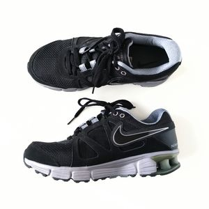 Nike Reax Athletic Training Shoes Black Gray 8